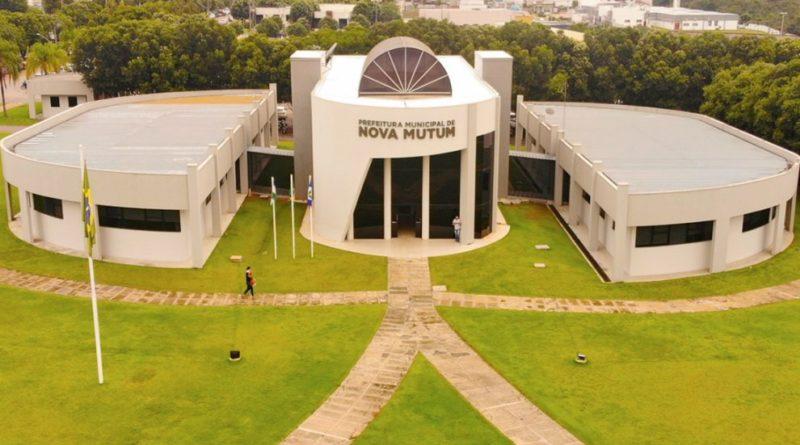 Prefeitura de Nova Mutum assina contrato de quase R$ 500 mil em equipamentos para o retorno as aulas