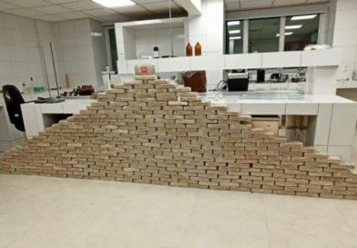 Operação integrada da PF e Gefron apreende 330 kg de cocaína